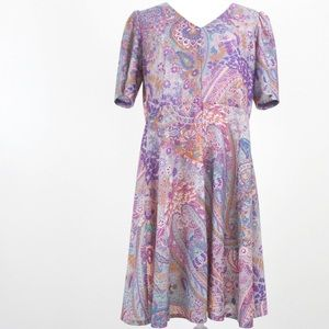 Vintage | 70s Paisley Gray Floral Fit Flare Dress